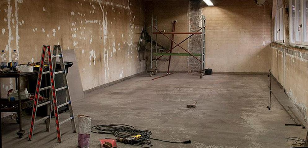 Eine Schweißerei wird zum Studio Spiegelschlag umgebaut